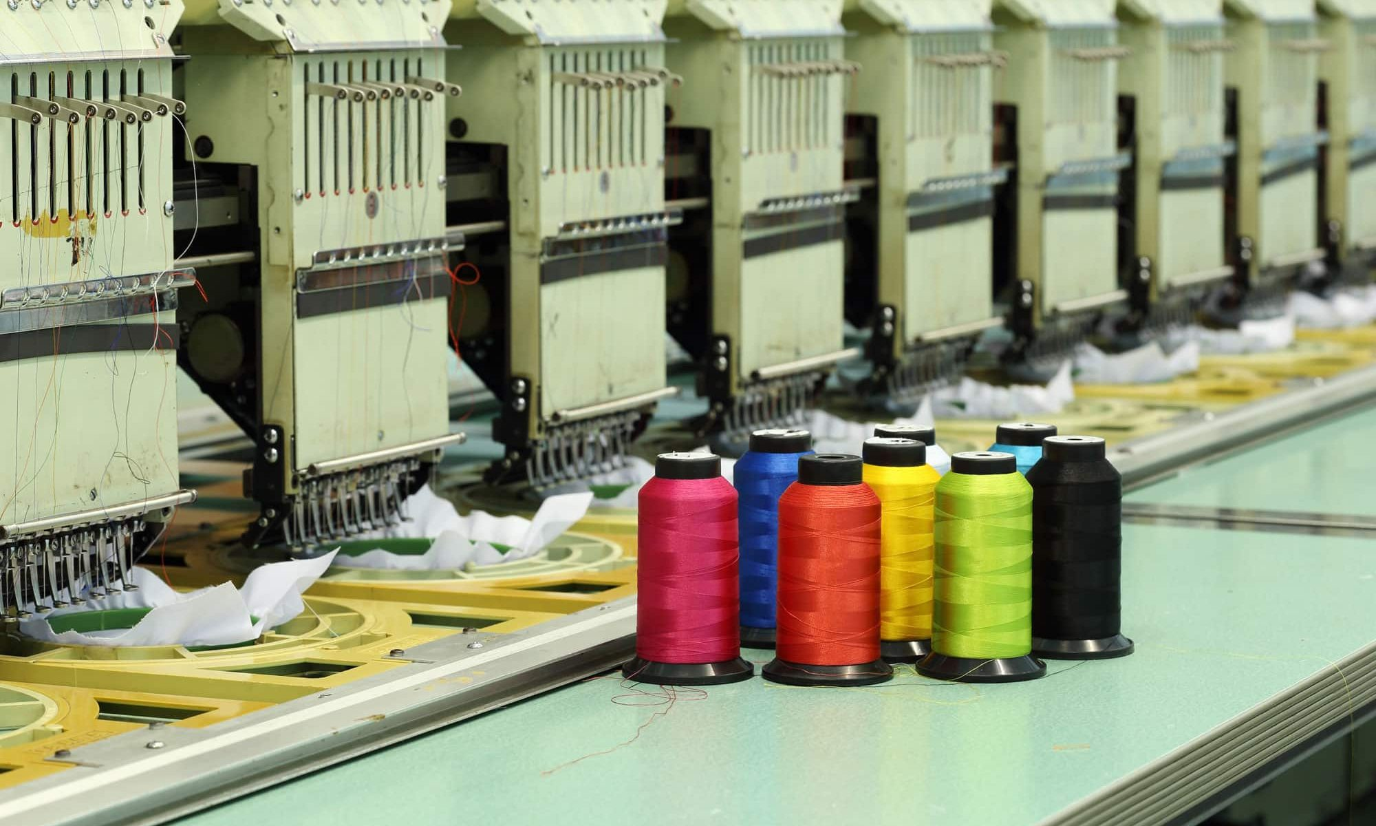 embroidery machine operating